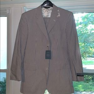 JoS.A.Bank NWT Navy/White Seersucker Suit!